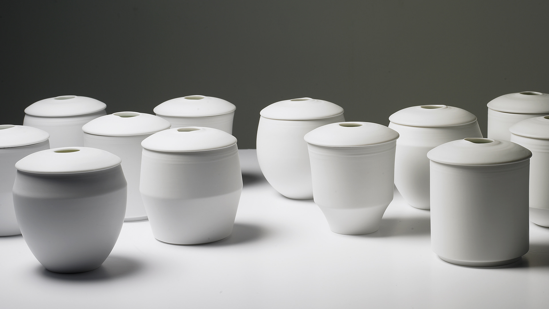 Handcasting atyoical porcelain